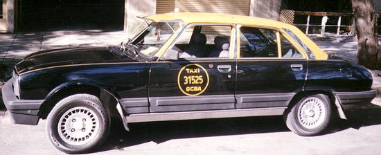 L'increuvable 504 taxi de Buenos Aires